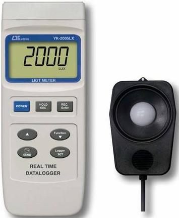 台湾路昌YK-2005LX 记忆式照度计